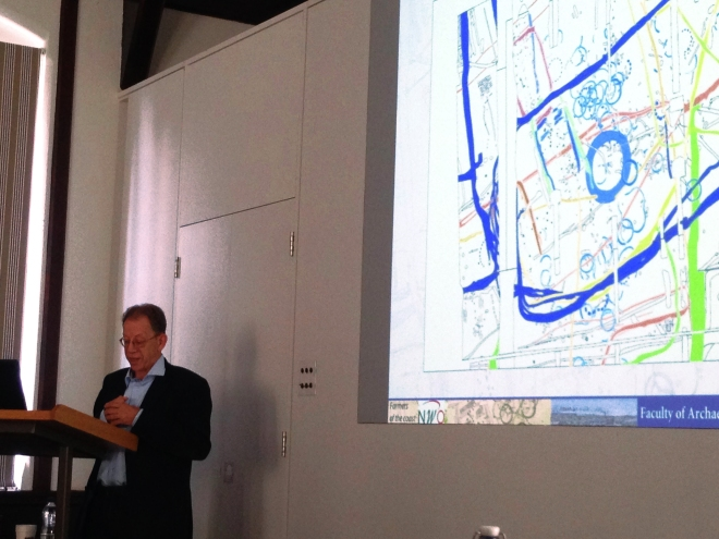 Harry Fokkens discussing complex settlement patterns in West Frisia
