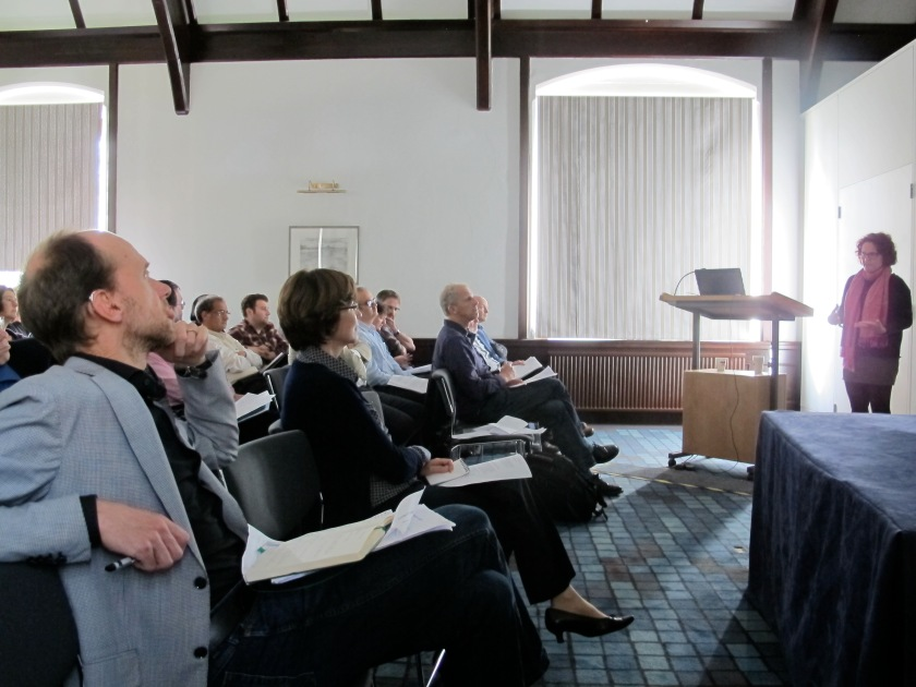 Alexandra Chavarría in the flow of her presentation, with David Fontijn, session chair Helena Hamerow and Chris Gosden on the front row in full attention